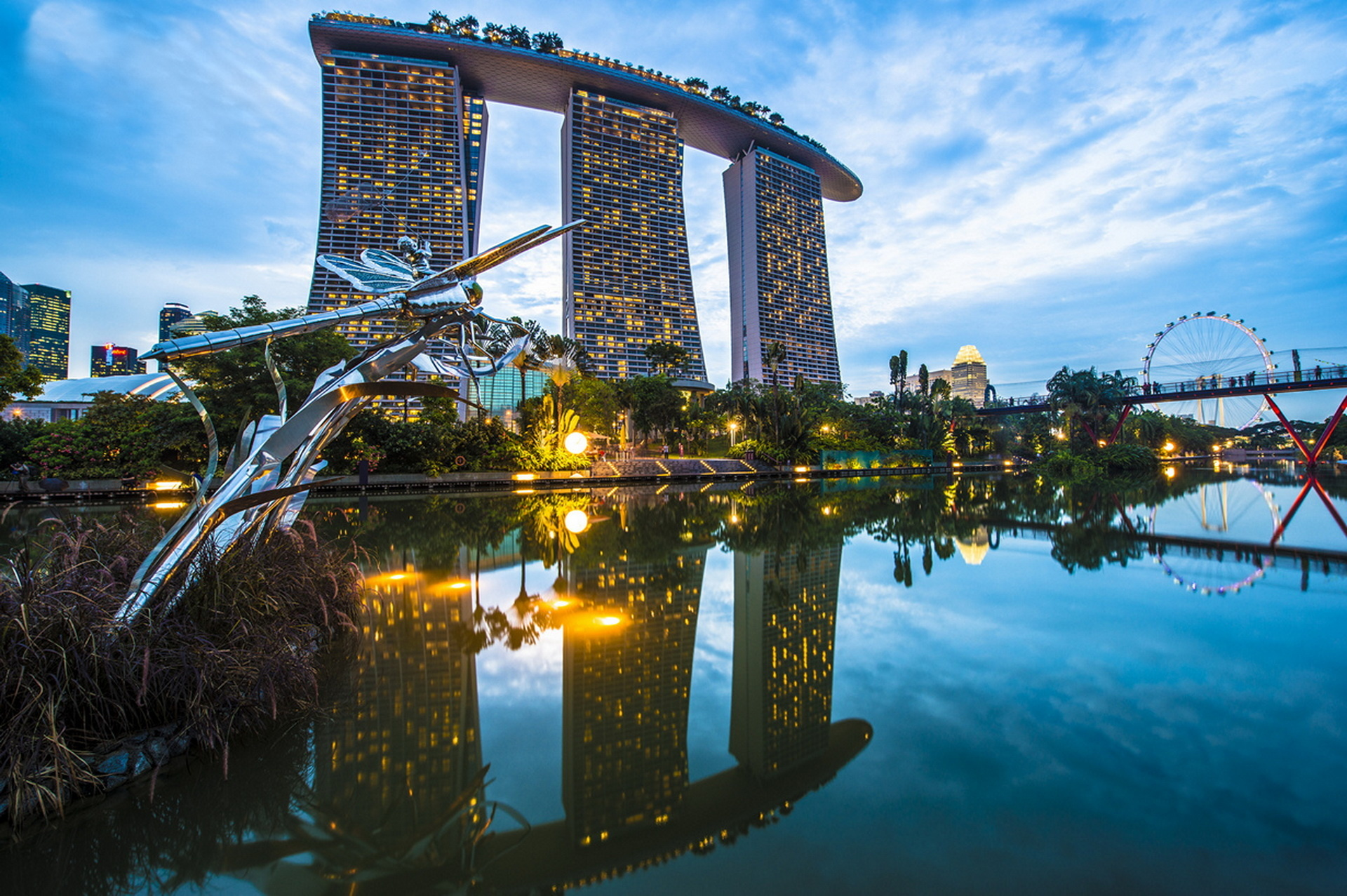 Обои Облака, здания, набережная, красота. Города foto 14
