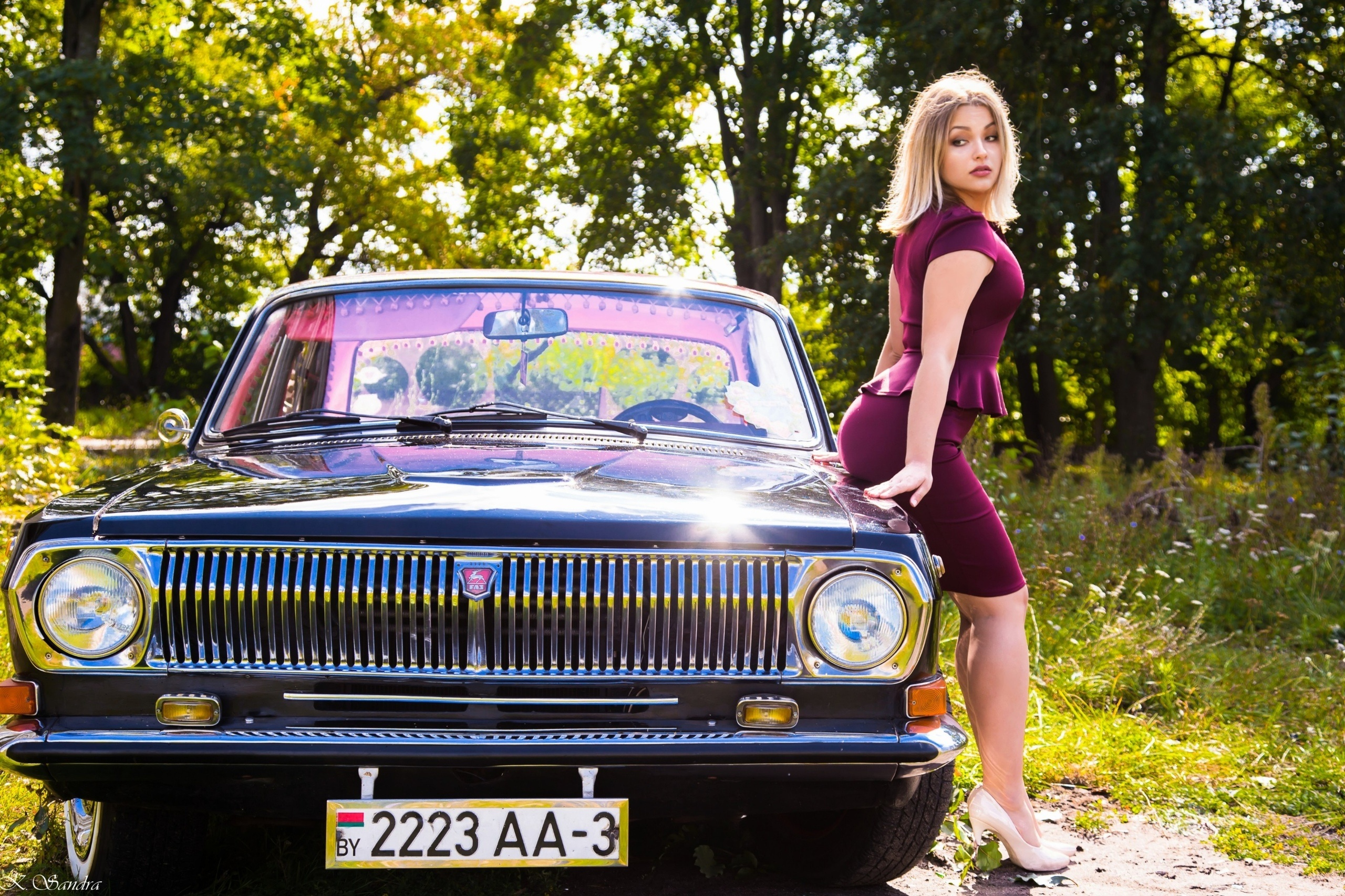 Wallpaper Cars Photo Picture Girl Car Volga
