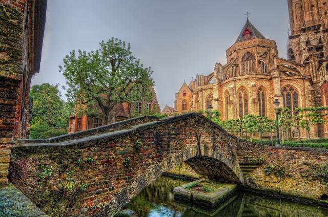 most, katedrála, řeka
