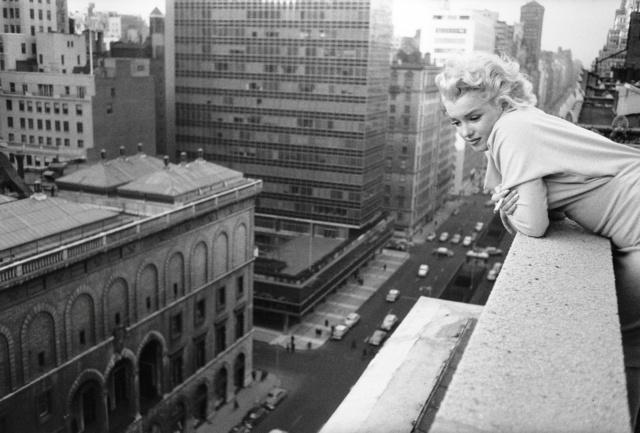 мерилін монро, знаменита кіноактриса, 1955 рік, рідкісна фотографія, автор е. файнгерш