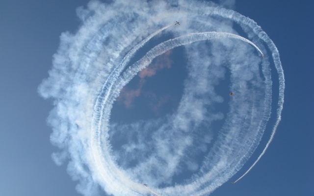 airplanes, Airshow, performance, the sky, flight, skydiver, beautiful, ring