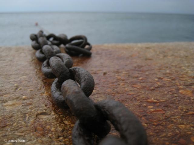 Řetěz, Odkazy, molo, kámen