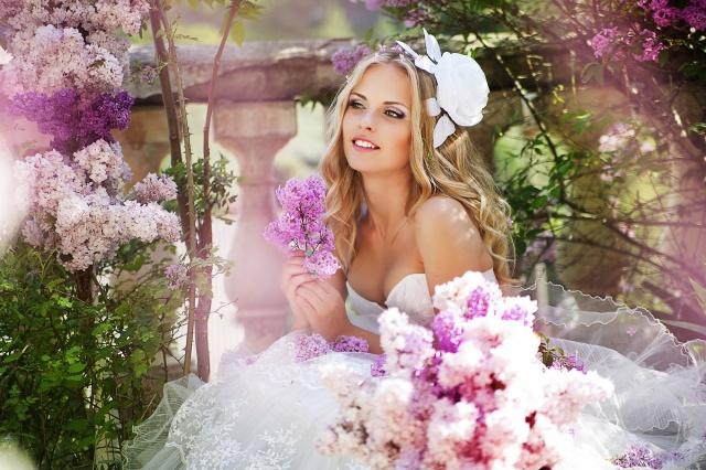 невеста, цветы, сирень, блондинка