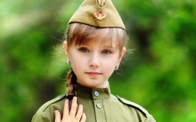 дівчинка, діти, форма, коса, зірка, пілотка, очі