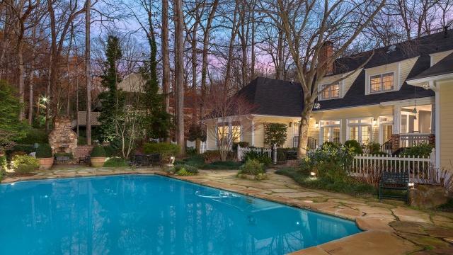 небо, деревья, двор, дом, бассейн, вилла