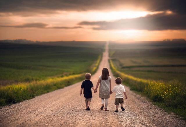 children, walk, macro, photo, theme, nature, the sky, clouds, the sun