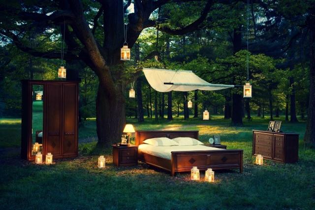 інтер'єр, ліжко, шафа, комод, меблі, дзеркало, лампа, ліхтар, ліхтарики