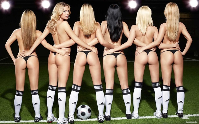 Naked football team pictures — pic 12
