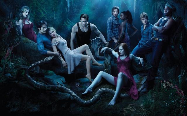 Skutečná krev, upíři, noc, vlk, lidé, had