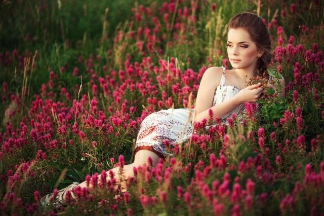 holka, květiny, tráva, pole, louka, léto, příroda