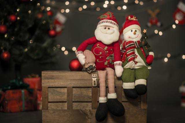 holiday, New year, Christmas, tree, box, Toys, Santa Claus, snowman, bokeh