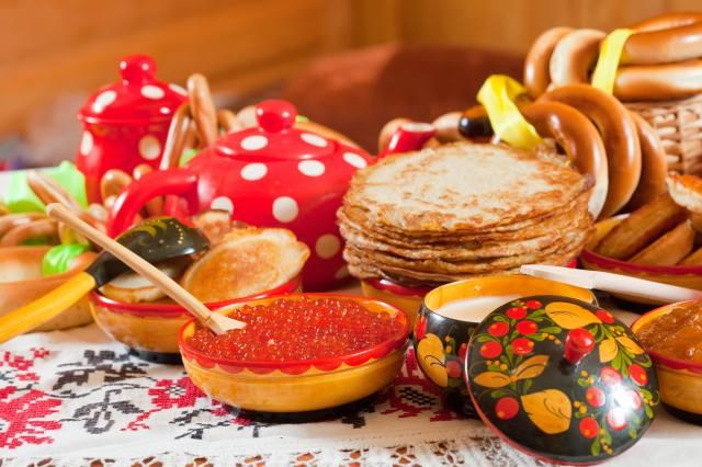 palačinky, kaviár, svátek, velikonoce