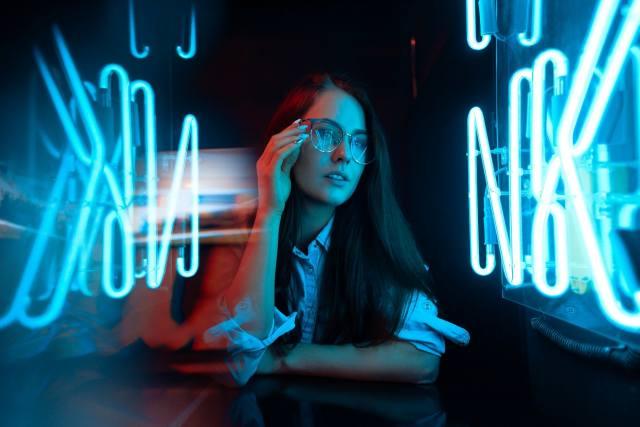 девушка, длинные волосы, очки
