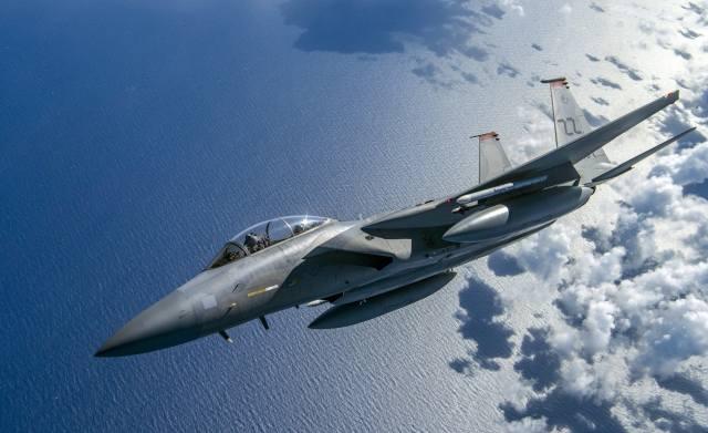F-15, Bojovník, let, letadlo, zbraně