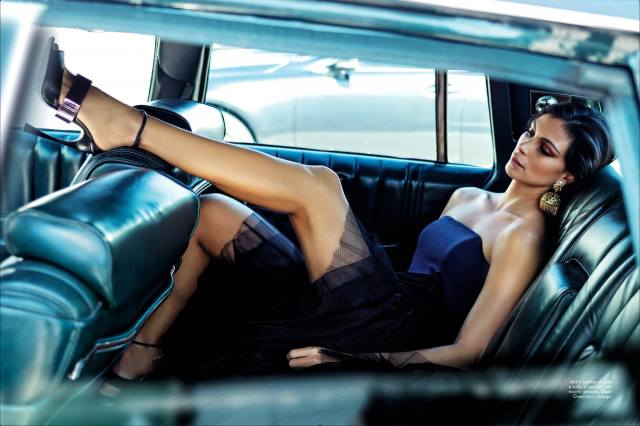 holka, vysoké podpatky, držení těla, морена баккарин, bruneta, morena baccarin, model, nožičky, herečka