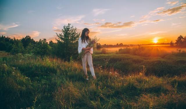 holka, v přírodě, léto