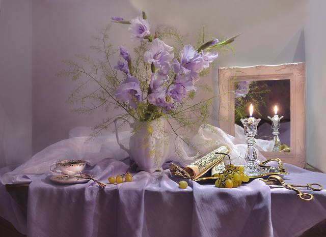 table, tablecloth, fabric, pitcher, flowers, Гладиолусы, roll, notes, Candle