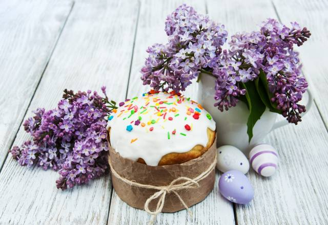 Easter, holiday, Board, Cake, branches, lilac, EGGS, eggs