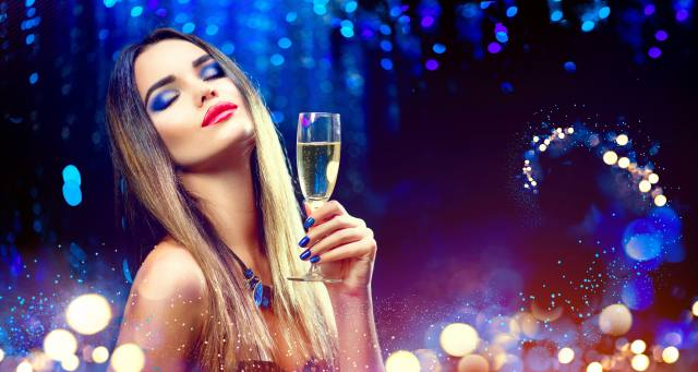 girl, New year, champagne, face, makeup, manicure, Glass