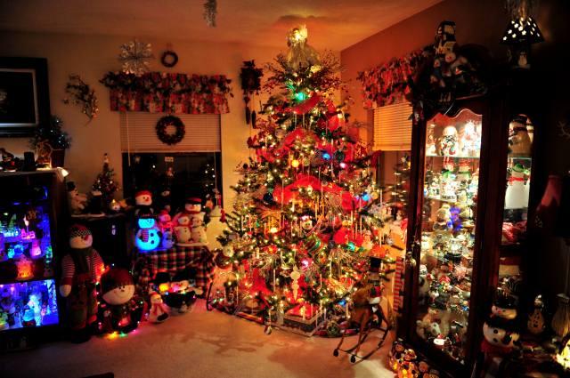 Interior, dark, Christmas atmosphere, Christmas tree