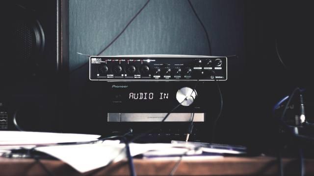 Музыкальный проигрыватель, music