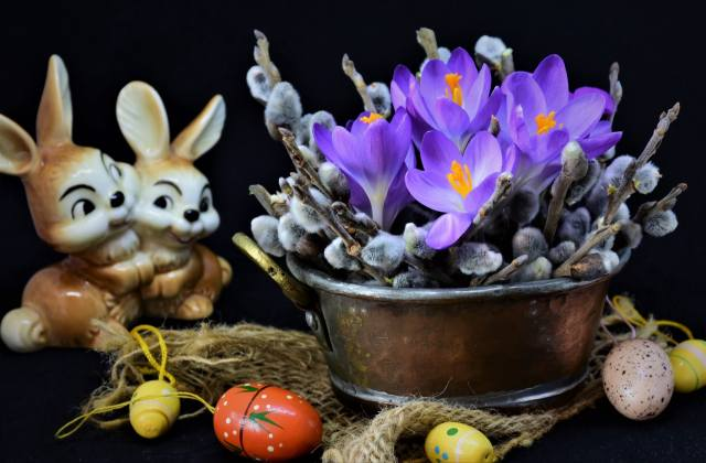 flowers, branches, holiday, EGGS, Easter, crocuses, fabric, hares, burlap