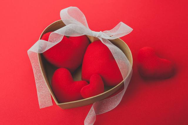 heart, red background