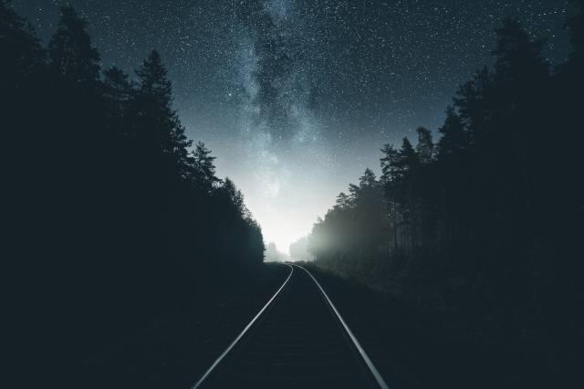 ніч, зірки, ліс, залізниця