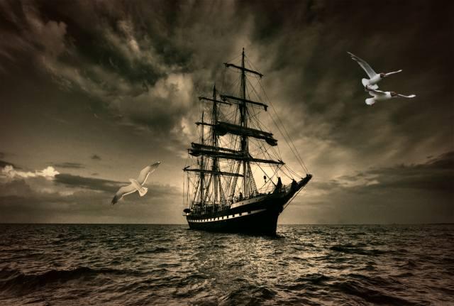 вітрильник, море, небо, ретро