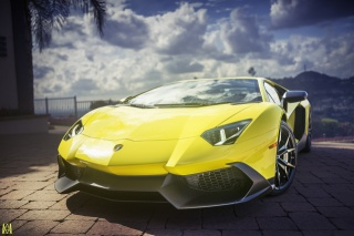 Lamborghini aventador, суперкар, автообои, жовтий, небо, диски