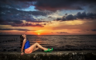 resort, the beach, promenade, posing, girl, brunette, photo, the sky, clouds, sunset, beautiful