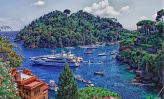 природа, море, бухта, гори, скелі, яхта, човни, катери, вдома, курорт, красиво, небо, хмари, літо