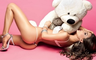 catalina otalvaro, sexy, photo, theme, creative, bear, pink background, game