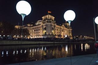Německo, Berlín, světla, osvětlení, nábřeží, budovy, krása