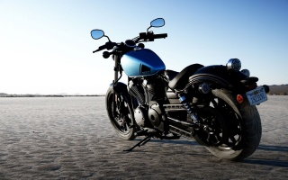 Yamaha-Bolt, black-blue motorcycle