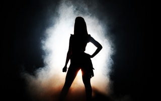 Beyonce, singer, microphone, scene, smoke, darkness, light