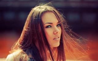 natali dánské, bruneta, длинноволосая, Pózování, pohled