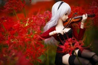 Кукла, цветы, скрипка