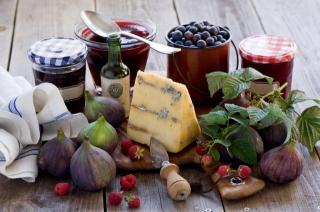 сыр, ягоды, джем, бутылка, нож