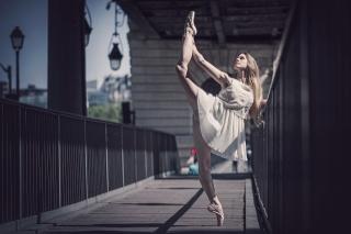 художественная гимнастика, девушка, балерина, поза