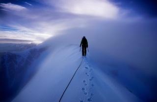 зима, гори, чоловік, екстрім, туман, сніг, альпініст, ситуація, креатив