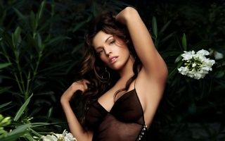 Kelly Brook, brunette, actress, sexy, chest, background, greens, flowers