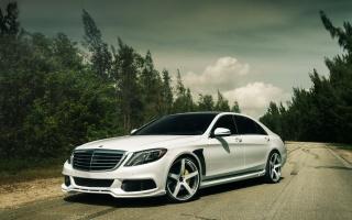 Mercedes Benz, мерседес бенц, суперкар, дорога, лес, небо, пасмурно