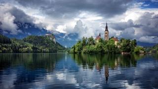 бледское озеро, Словенія, красиво, природа, відображення, гори, небо, хмари, храм
