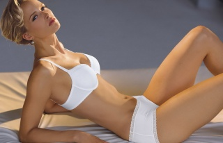 Svenja Parotat, секси, фігура, ніжки, особа, очі, волосся, білизна, погляд, краса