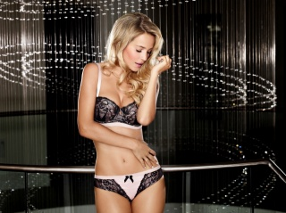 luisana lopilato, sexy, figure, face, hair, linen, beauty