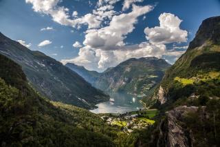 природа, горы, Норвегия, залив, корабли, небо, облака