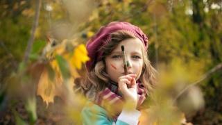 художниця, особа, очі, погляд, пензлик, волосся, бере, шарф, осінь, краса