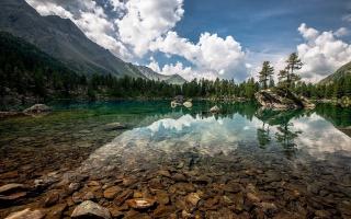 jezero, kameny, příroda, mraky, stromy, hory