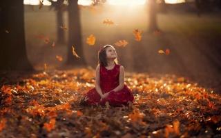 дівчинка, осінь, сонце, листя, парк